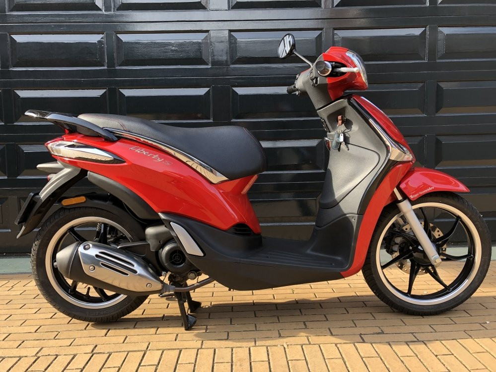 piaggio-new-liberty-e4-iget-injectie-scooter-tweedehands-naaldwijk-motor-shop-tensen