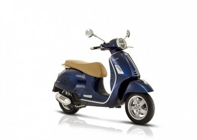 Vespa - Vespa-GTS-nieuw-model-tensen-tweewielers-westland-naaldwijk-2019-motor-scooter-motorscooter-honselersdijk-denhaag-rijnmond-zuid-holland-nederland-netherlands-options-brown-bruin