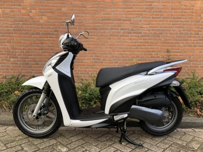 Kymco People one 125cc i motorscooter aanbieding